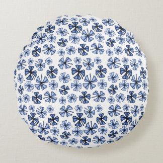 Blue Lucky Shamrock Clover Round Pillow