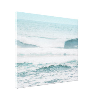 Blue Ocean in Hawaii Canvas Print