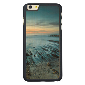 Blue seascape at sunset, California Carved Maple iPhone 6 Plus Case