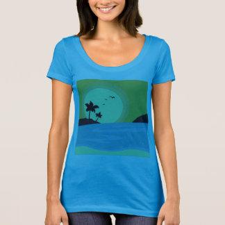 Blue t-shirt with beach theme