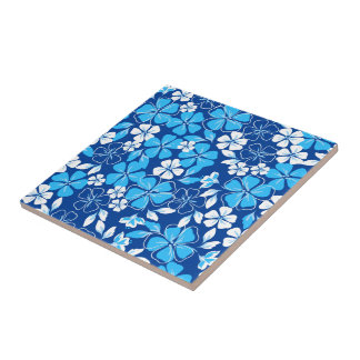 Blue & white flowers tile