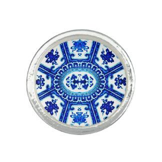 Blue White Oriental Pottery Tile Vase Art Ring