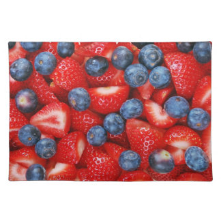 Blueberries and strawberries print place mats