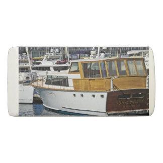 Boat eraser