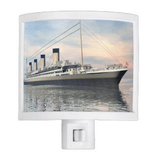boat_titanic_close_water_waves_sunset_pink_standar nite light