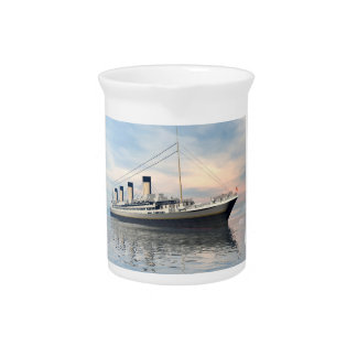 boat_titanic_close_water_waves_sunset_pink_standar pitcher