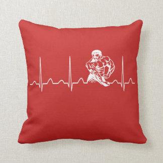 BODYBUILDING HEARTBEAT THROW PILLOW