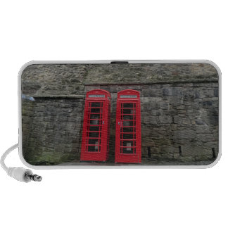Boîtes rouges britanniques de téléphone au château haut-parleur mp3