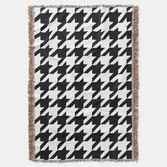 Bold Houndstooth Pattern Throw Blanket