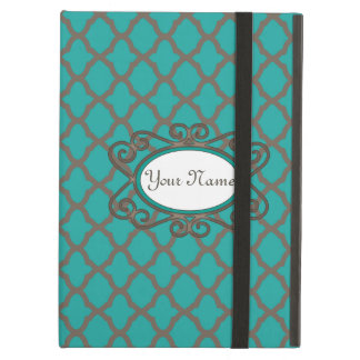 Bold Quatrefoil Pattern in Green and Brown iPad Air Cases