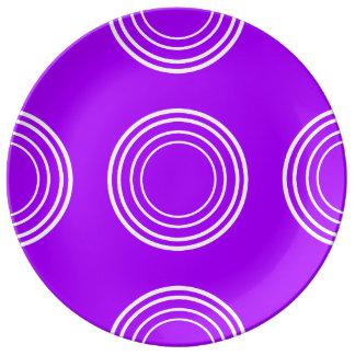 Bold White Rings on Summer Grape Plate