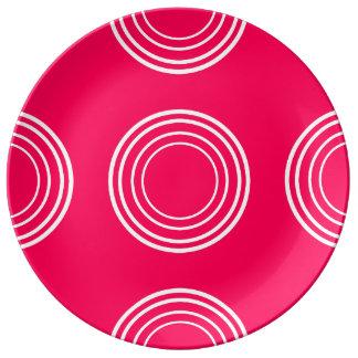 Bold White Rings on Summer Pink Porcelain Plate