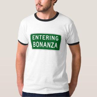 Bonanza, Road Marker, Oregon, USA T-Shirt
