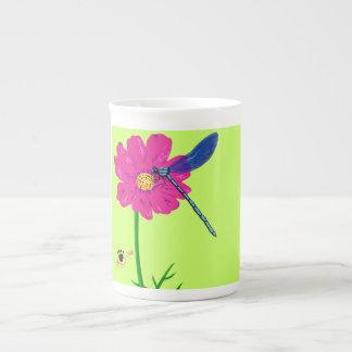 Bone china mug with dragonfly