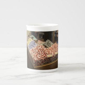 Bone China Mug With Lindt Chocolates