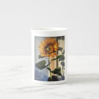 Bone china mug with sunflower