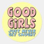 Bons T-shirts et cadeaux de filles pour elle Sticker Rond