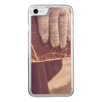 Book glove carved iPhone 7 case
