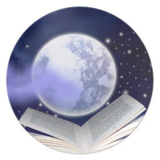 Books Can Hold The Moon Plate