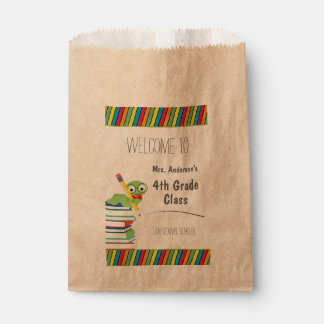 Bookworm on Books, Welcome to Class Favour Bag