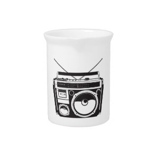 ☞ boom box Oldschool/cartridge player Pitcher
