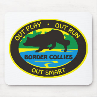 border collie out play mouse pad