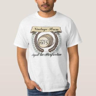 Born in 1975 Vintage Brew, 40th Birthday Gift T-Shirt