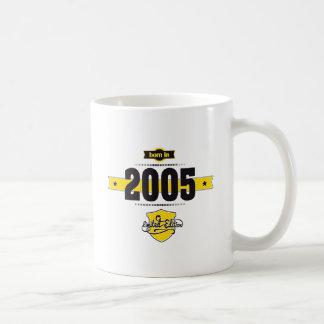 born in 2005 (choco&yellow) coffee mug
