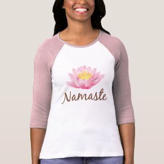 Bouddhiste de l'OM de yoga de fleur de Namaste Tee-shirts