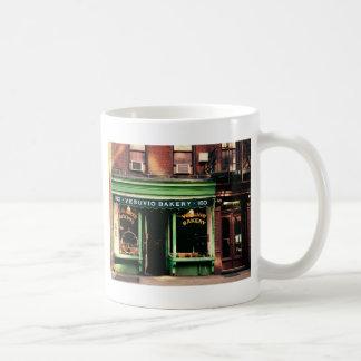 Boulangerie de Soho Mugs