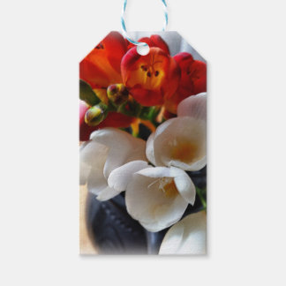 bouquet of freesias pack of gift tags