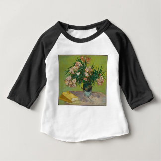 Bouquet of red roses baby T-Shirt