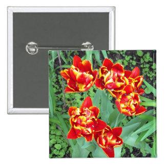 Bouton rouge et jaune de tulipe macaron carré 5 cm