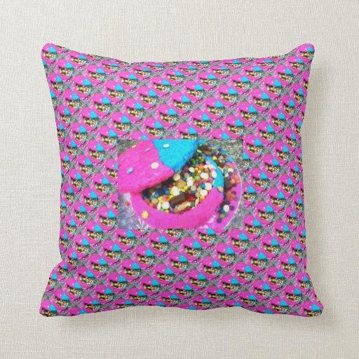 Bowl cake with smarties tiled + big pillow