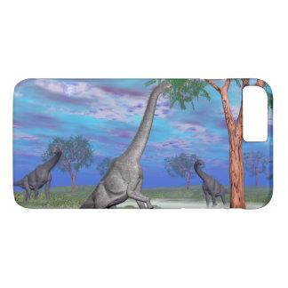 Brachiosaurus dinosaur eating - 3D render iPhone 8 Plus/7 Plus Case