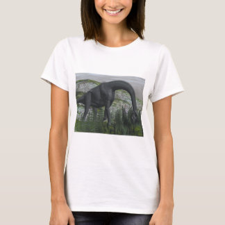 Brachiosaurus dinosaur eating fern - 3D render T-Shirt