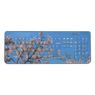 Branching Out Wireless Keyboard