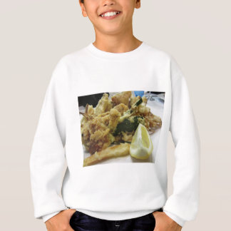 Breaded and fried crunchy vegetables with lemon sweatshirt