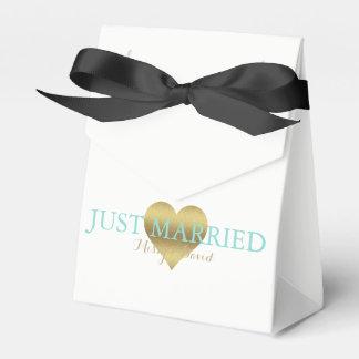 BRIDE & CO Gold Heart Celebration Favor Boxes