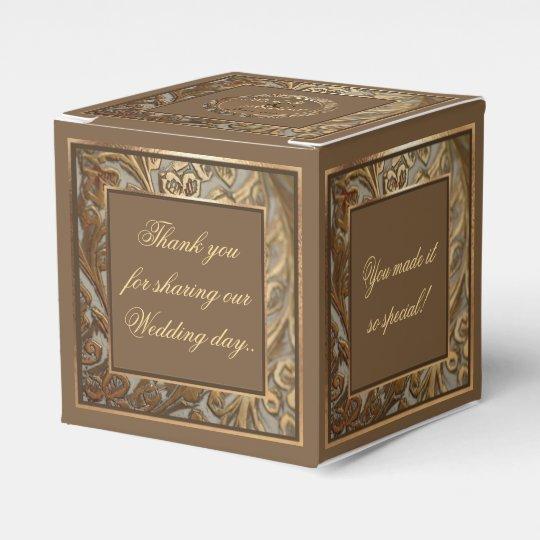 Bride & Groom Favour Box For Special Wedding
