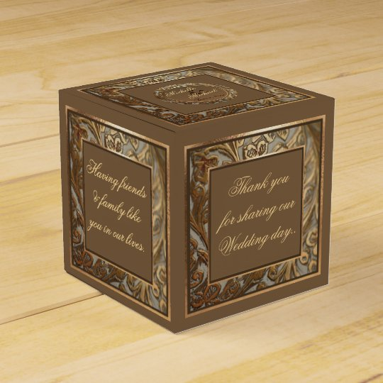 Bride & Groom Favour Box For Special Wedding Favor Box