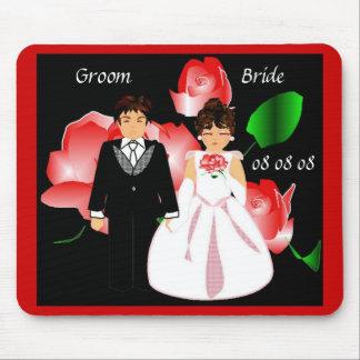 """""""Bride & Groom Red Rose"""" Mousepad"""