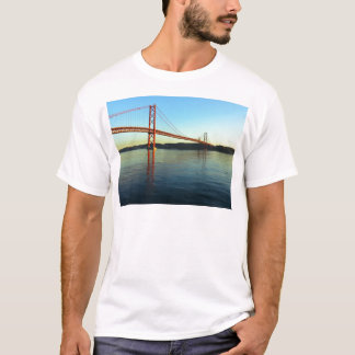 Bridge 25 of April, Lisbon, Portugal T-Shirt