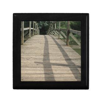 bridge taize lake gift box