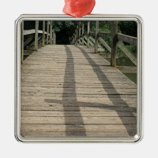 bridge taize lake metal ornament