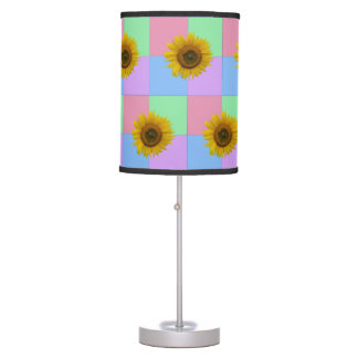 Bright Checkered Sunflower Table Lamp