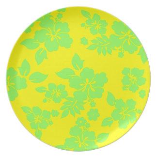 Bright Hawaiian Pattern Dinner Plates