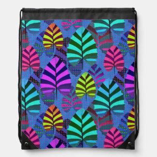 Bright Modern Leaf Pattern 437 Drawstring Bag