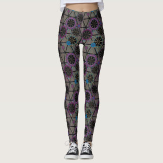 Bright pattern of circles and triangles leggings