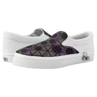 Bright pattern of circles Slip-On sneakers